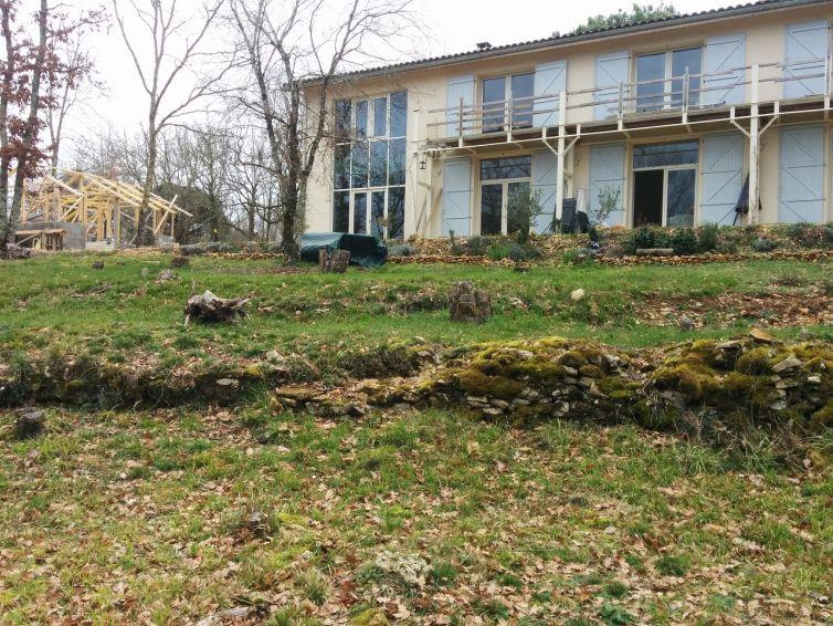 Une immense maison neuve à Paunat